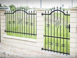 Sorozat gyártott kerítés